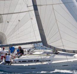 Nových 5 lodí Beneteau First 45