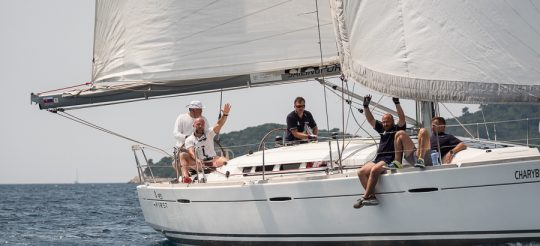 Teambuilding na lodi ?